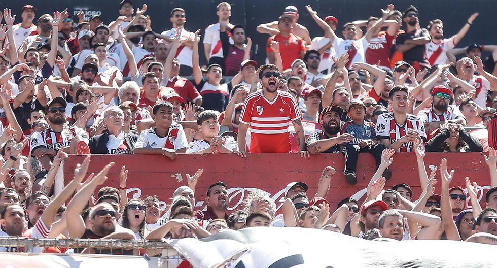 Hinchas de River Plate preocupados por prohibición de la Conmebol (Foto: EFE)