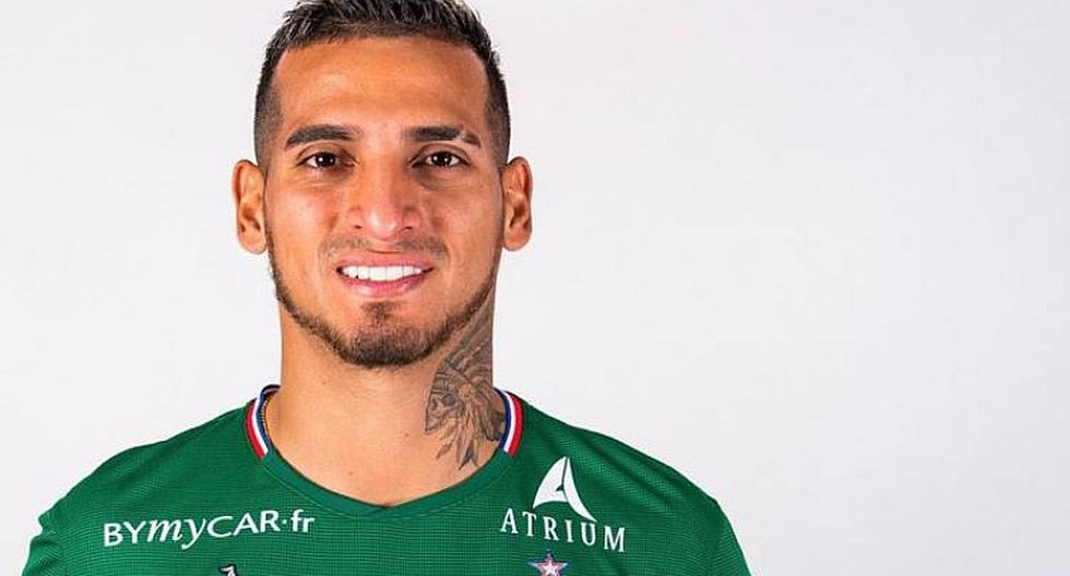 Miguel Trauco | Hinchas del Saint Étienne se rinden ante el peruano tras sus dos primeros partidos | FOTOS